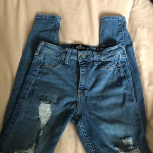 Hollister Ripped Size 1 High Rise Jeggings